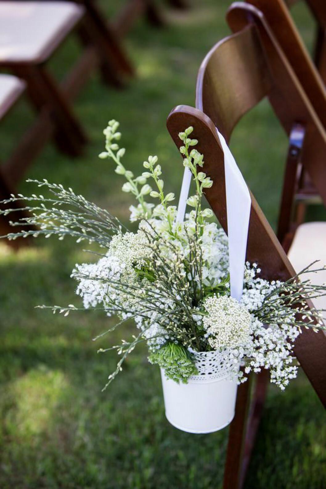 Stolar utomhusbröllop