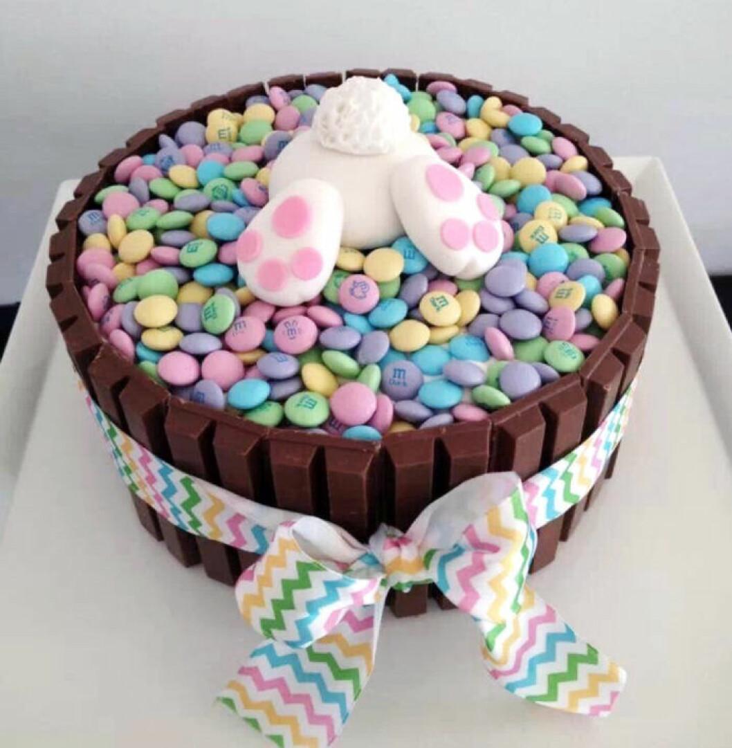 Hitta haren i tårtan!