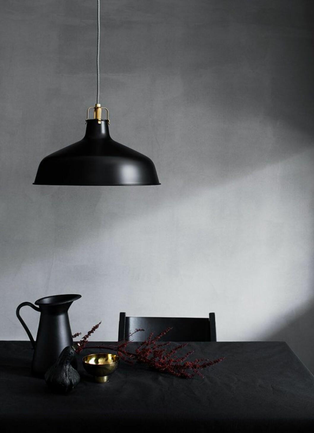 Matta väggar gör det lättare för ljuset att reflektera.
