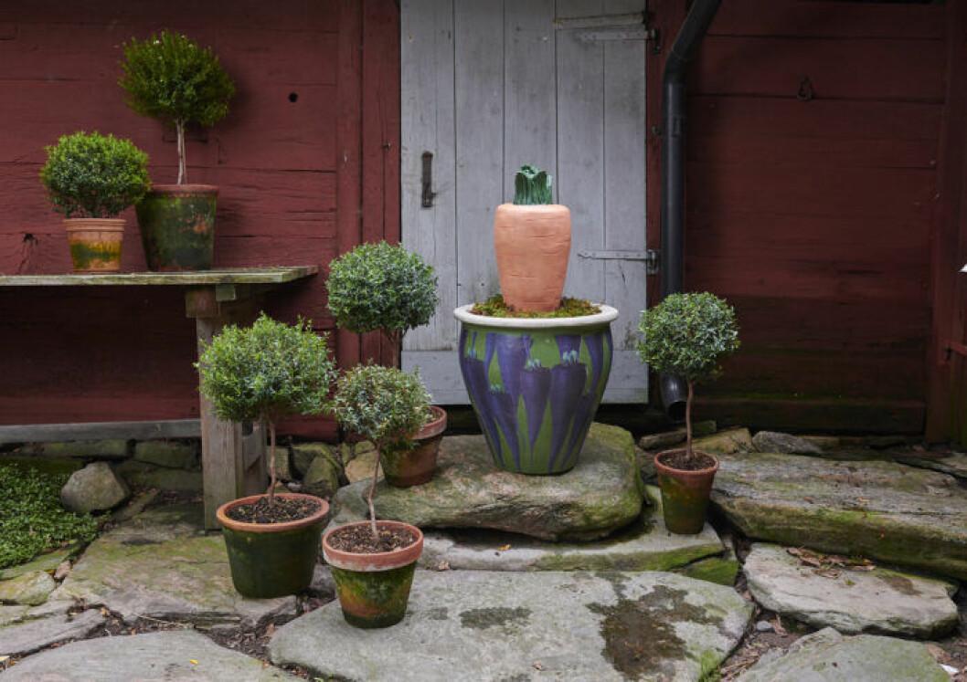 Krukor och stor dekorationsmorot från Ellos Homes samarbete med Lisa Bengtsson.
