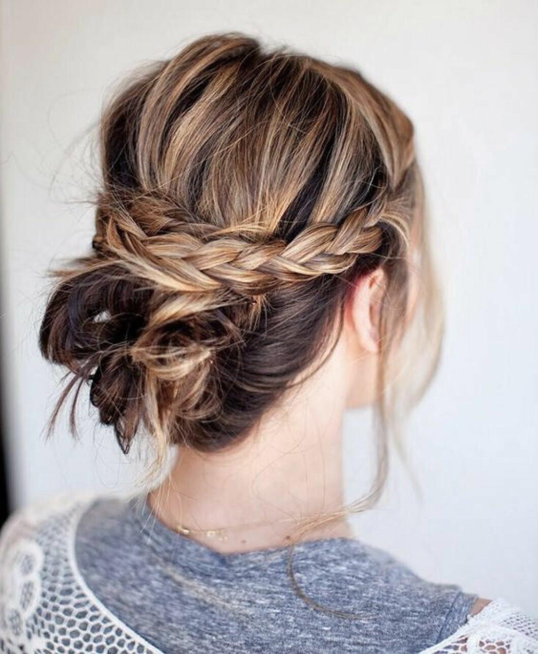 Uppsatt hår med en twist