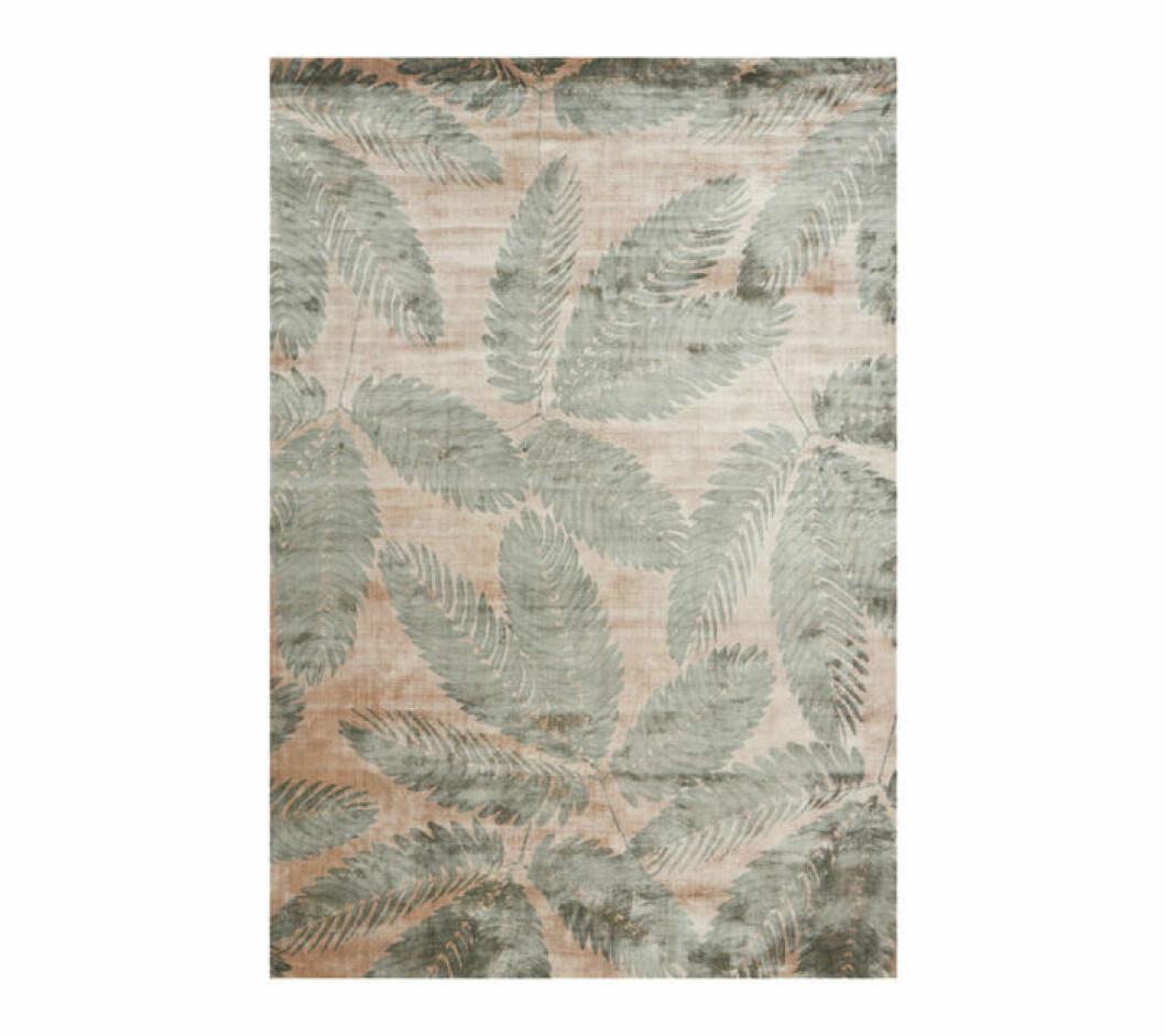 Mönstrad matta med blad från Linie design