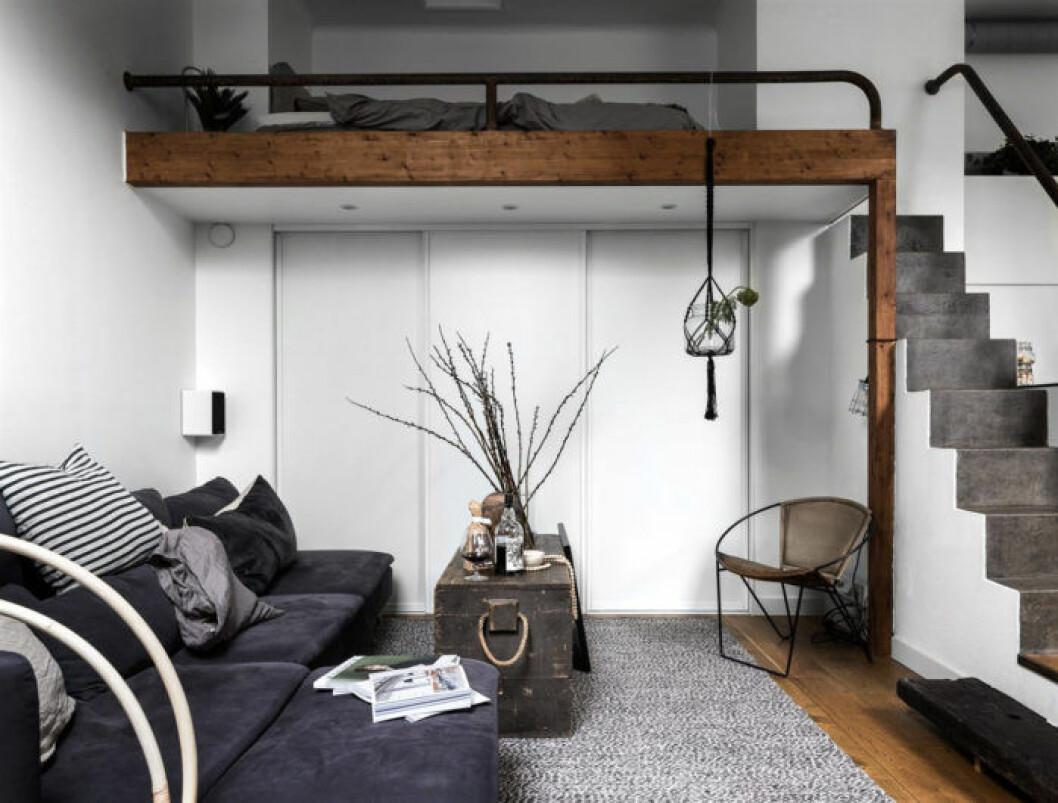 Platsbyggt sovloft