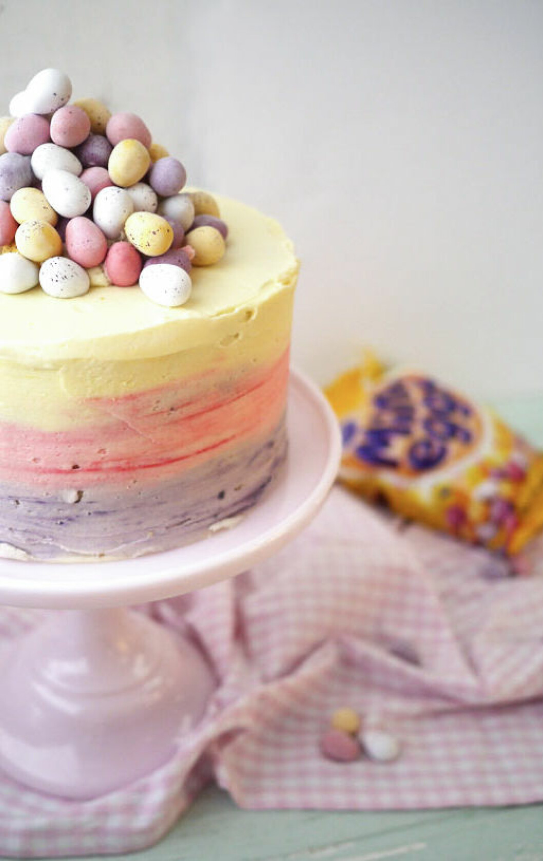Tårta med färgskiftningar.