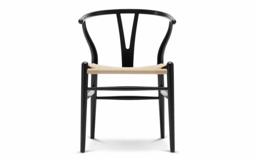 Den ikoniska Y-stolen är trendig på Hemnet.