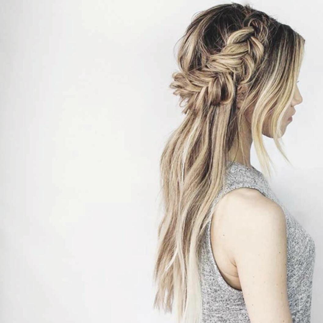 Fläta som ser ut som en krans på håret