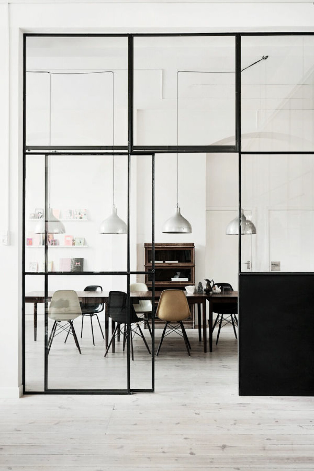 08. glass-walls