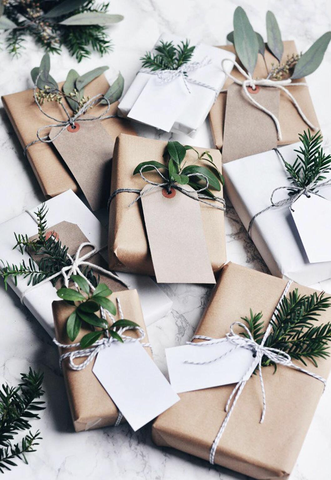 inslagning paket jul