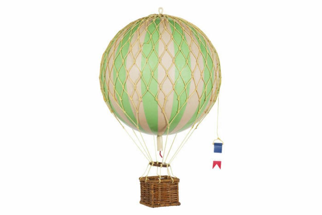 Dekorativ luftballong i papp.