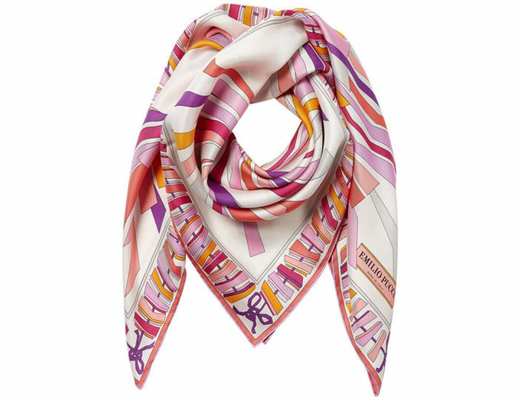 1. Scarf, 2 597 kr, Emilio Pucci Stylebop.com