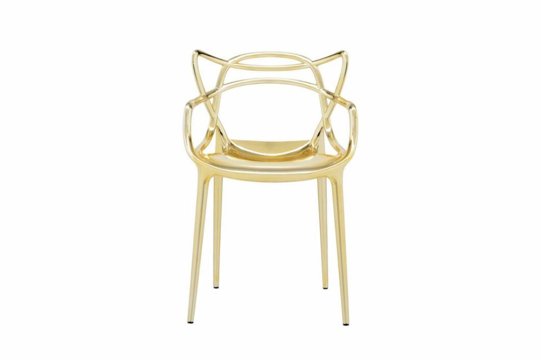 Dekorativ stol i guld