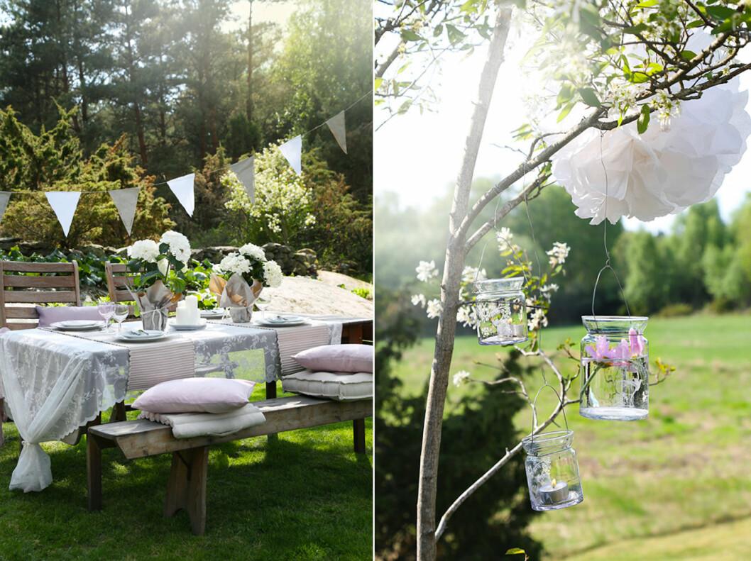 Pyntad trädgård med små glasburkar, textiler och girlanger.