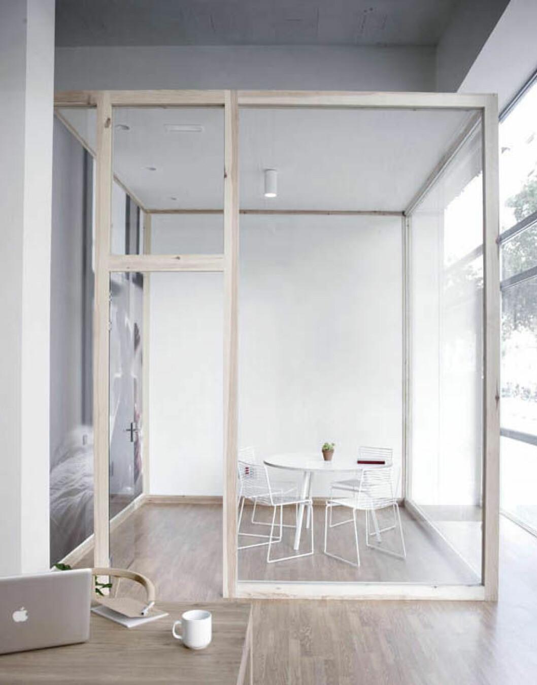 13. glass-walls