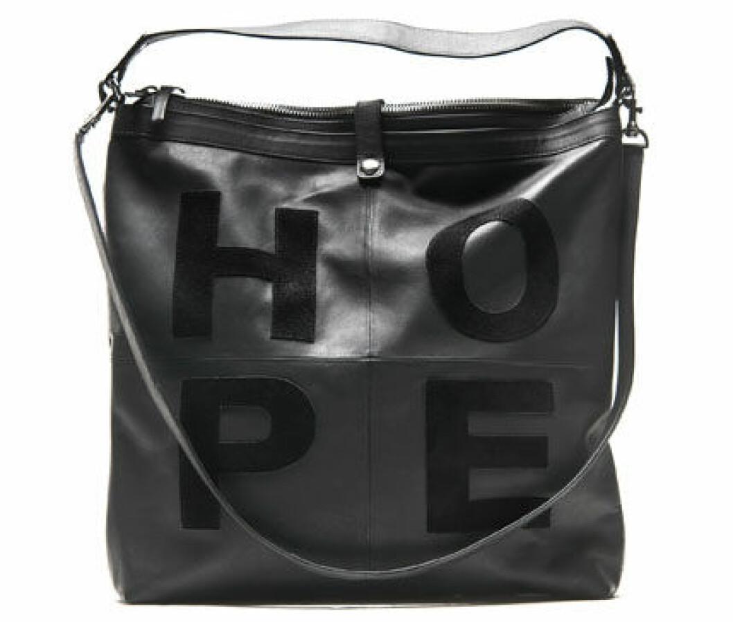 13. Väska, 2 600 kr, Hope
