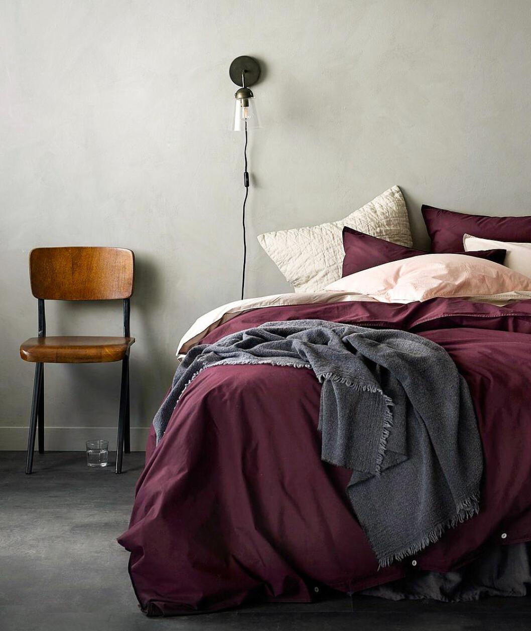 Färgglada sängkläder.