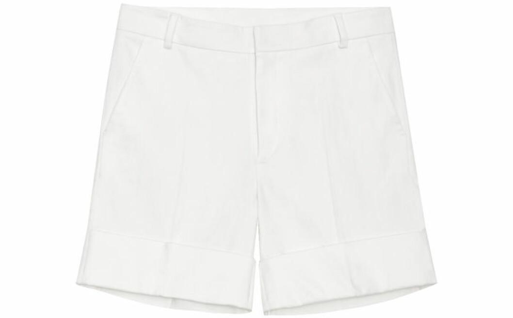 14. Shorts, 2400 kr, Toteme