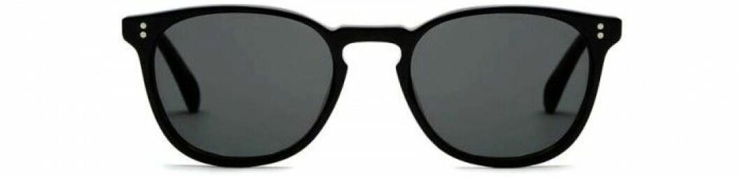 14. Solglasögon, 3266 kr, Oliver Peoples TheLine.com