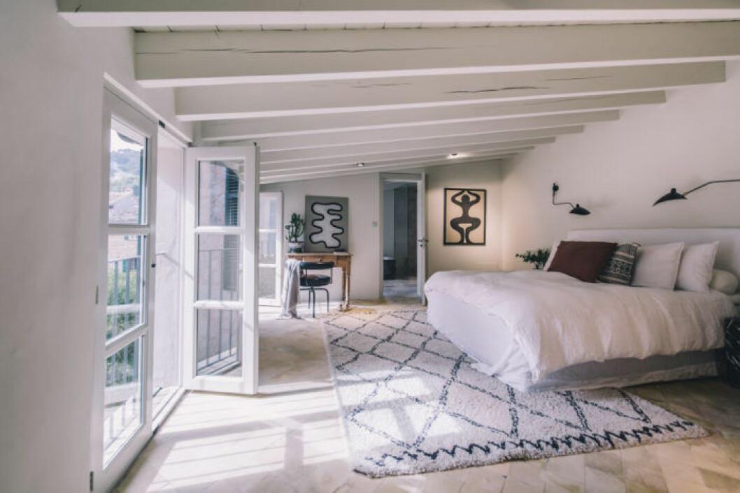 Sovrummet med terass