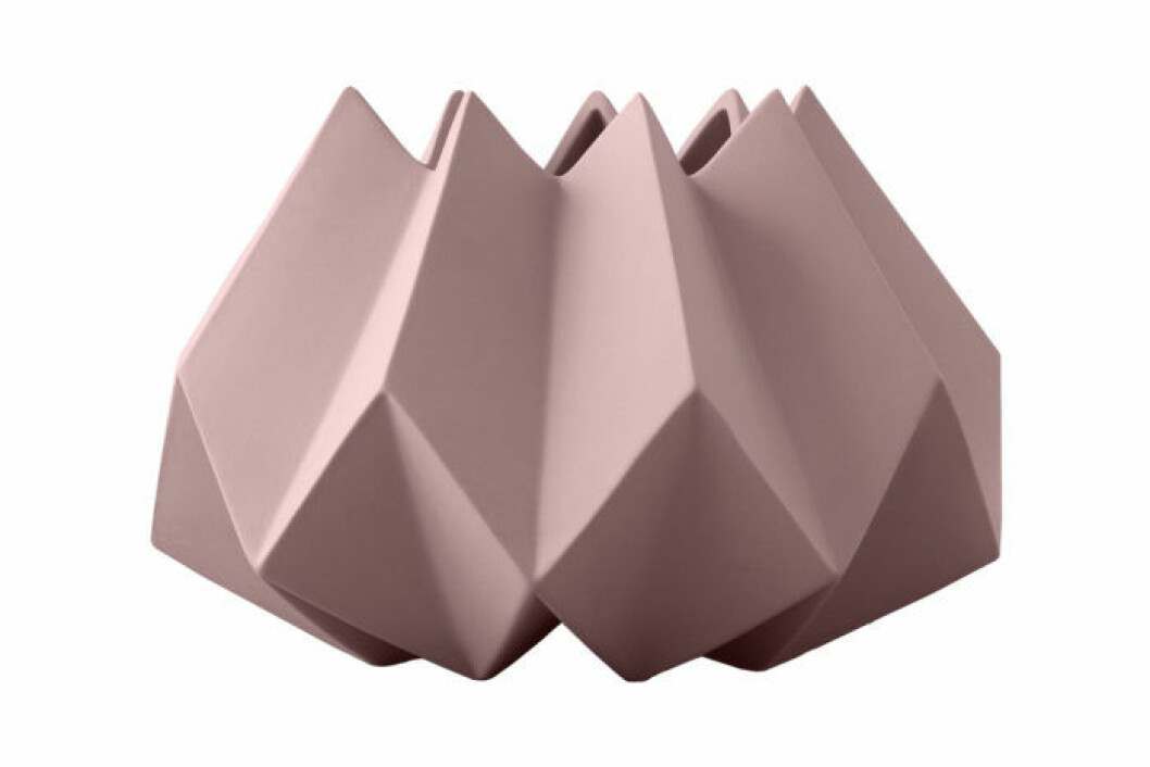 Vas Folded ser ut att ha vikta kanter