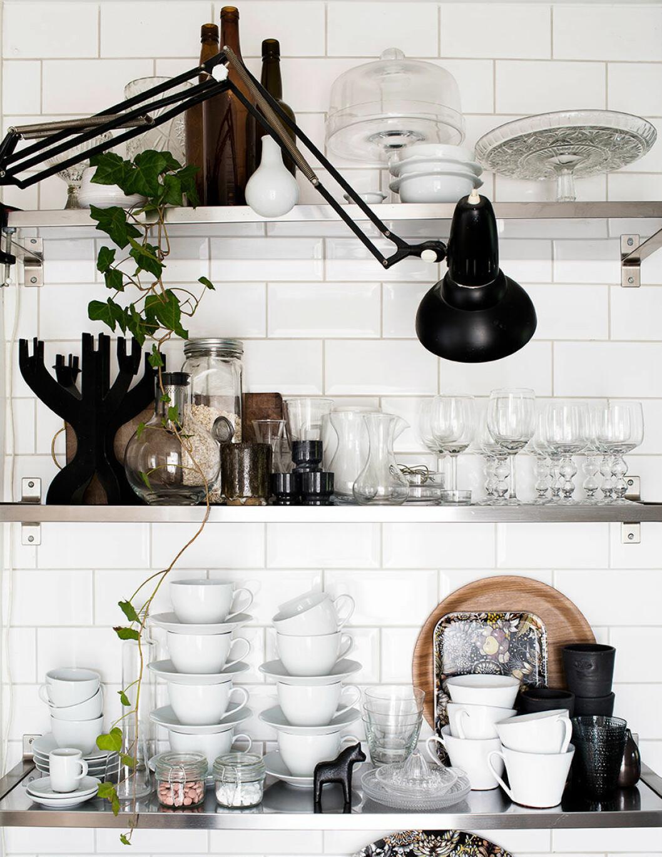 Hyllförvaring i köket