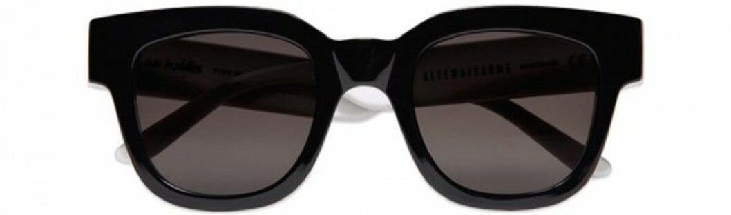 2. Solglasögon, 1 300 kr, Altewai Saome