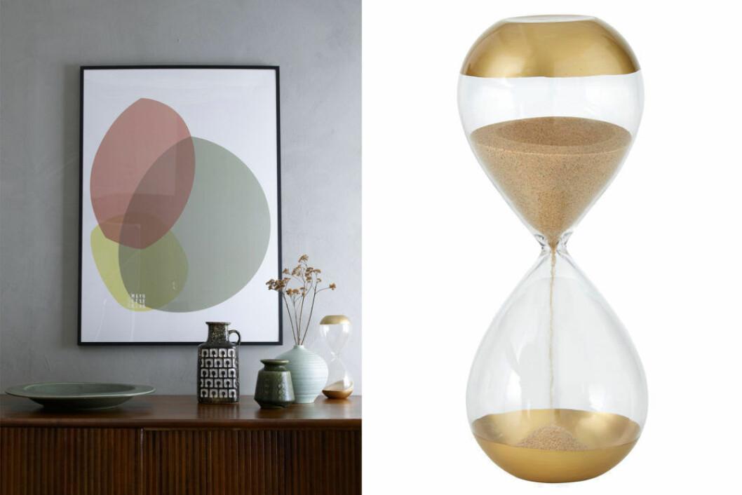 Timglas med gulddetaljer