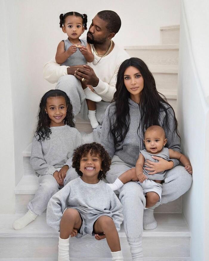 Familjen Kardashians julkort 2019