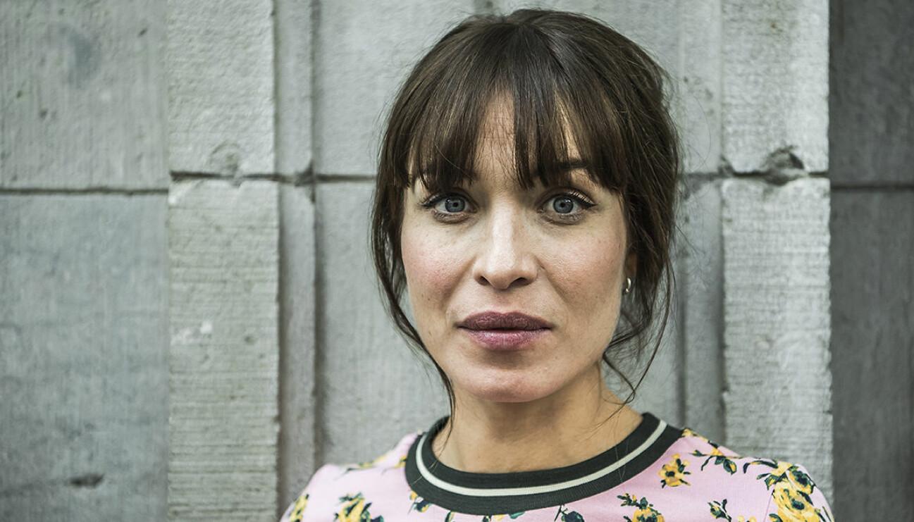 Alida Morbergs första ord om dottern Oona – bryter tystnaden 2 år efter födseln.