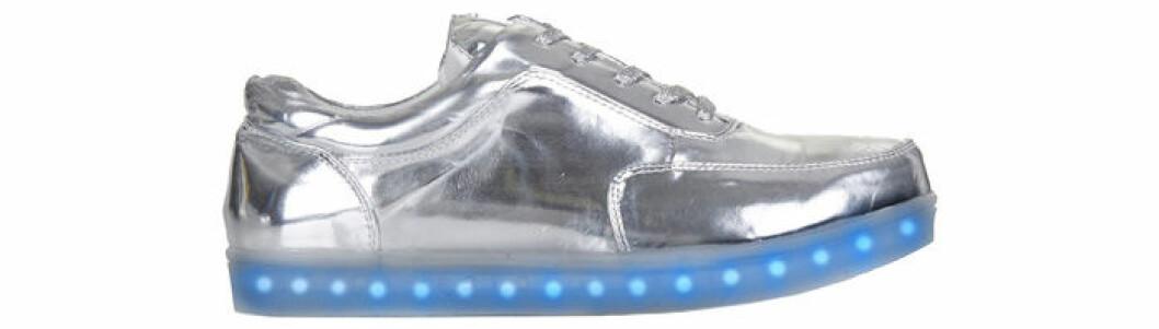 3. Lysande sneaker, 925 kr, Topshop
