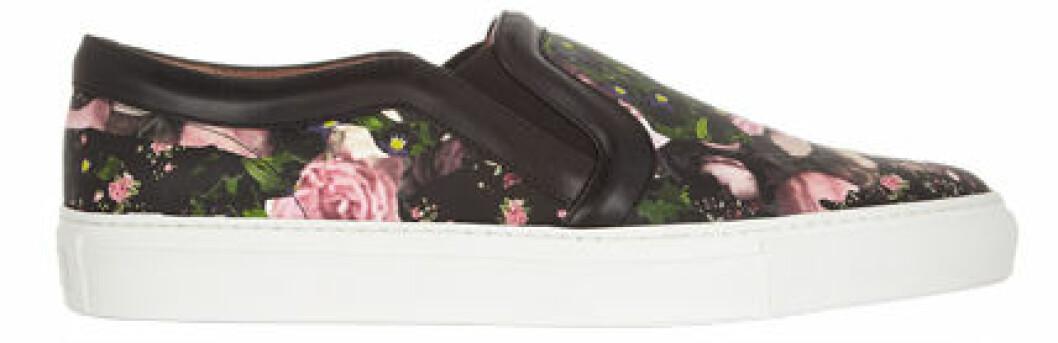 4. Sneaker, 4055 kr, Givenchy Net-a-porter.com