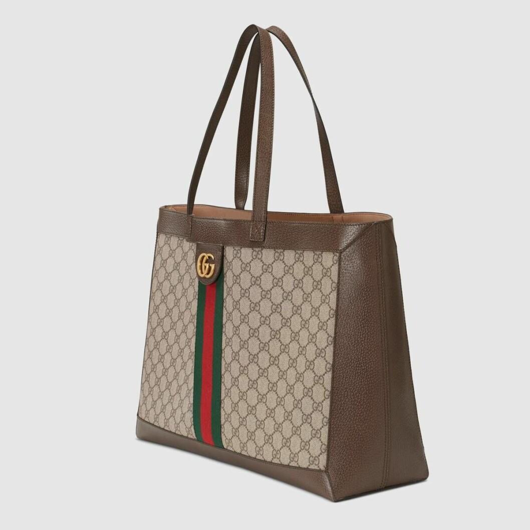 Stora väskan Ophidia från Gucci med modehusets klassiska monogram.