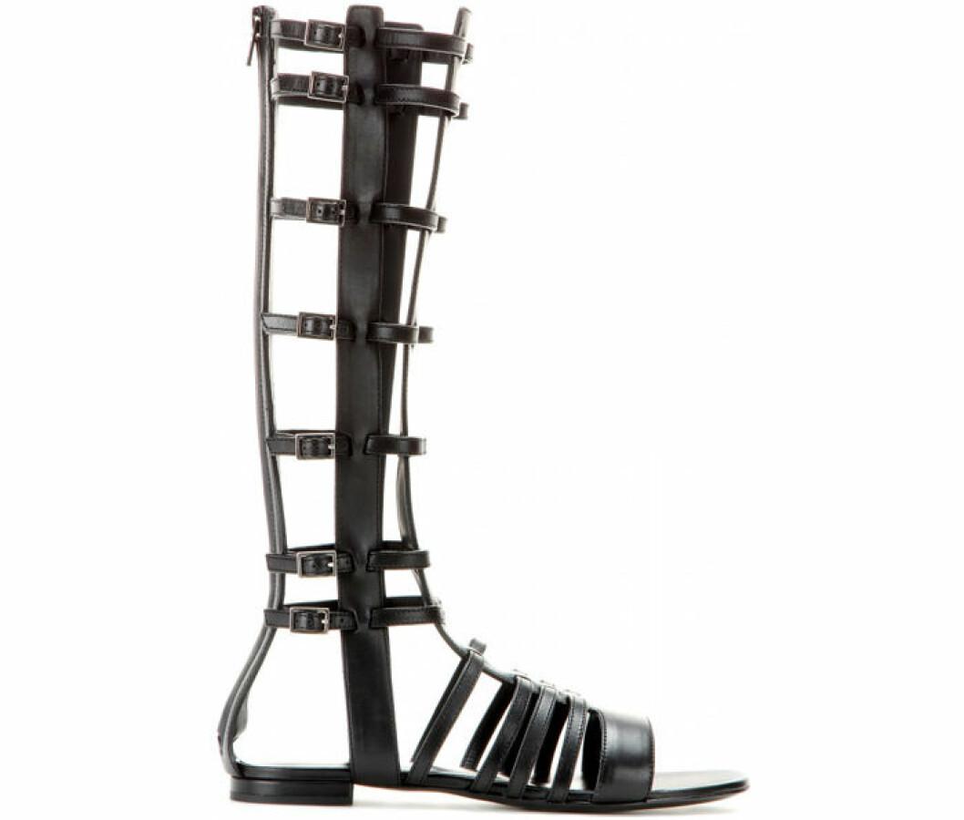 8. Sandal, 11085 kr, Saint Laurent Mytheresa.com