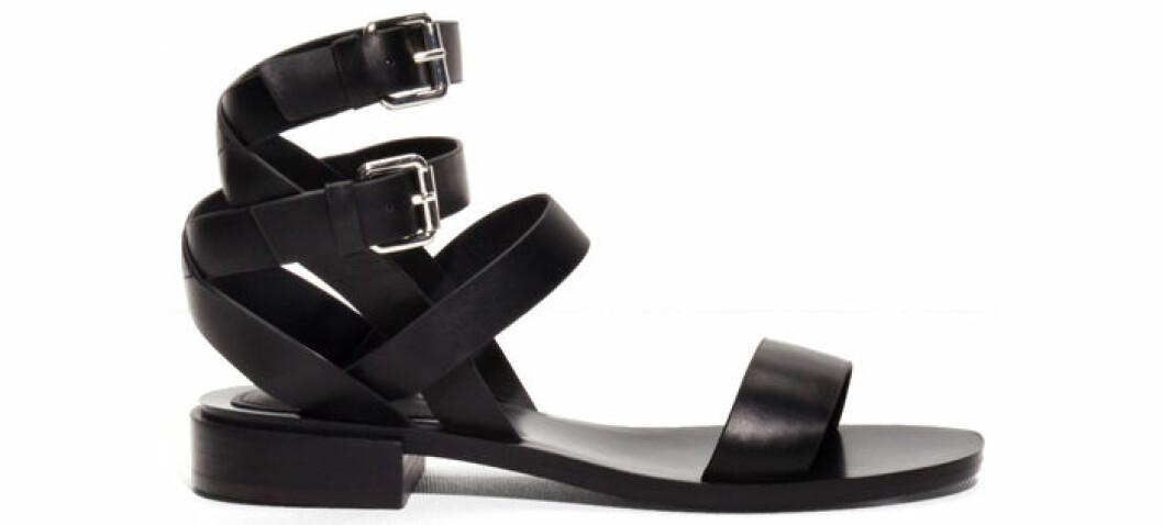8. Sandal, 950 kr, & other stories