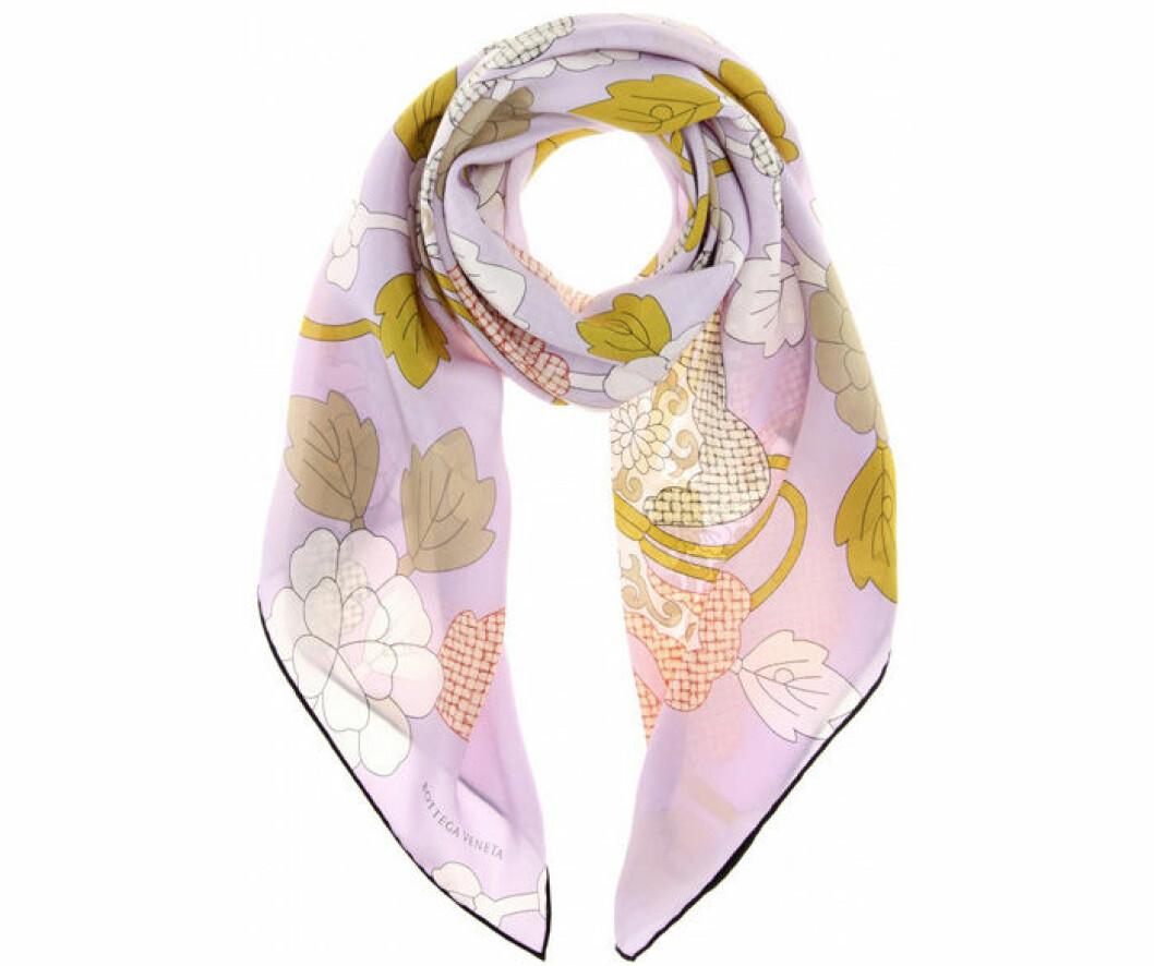 8. Scarf, 2699 kr, Bottega Veneta Mytheresa.com