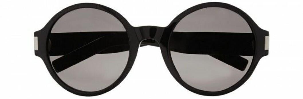 8. Solglasögon, 2340 kr, Saint Laurent Net-a-porter.com
