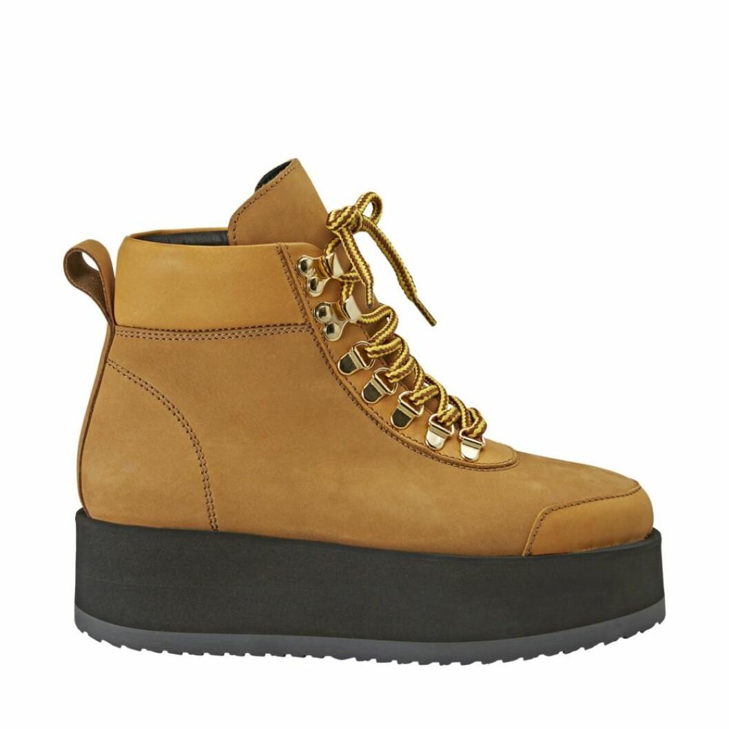 Bruna skor från Minimarket.