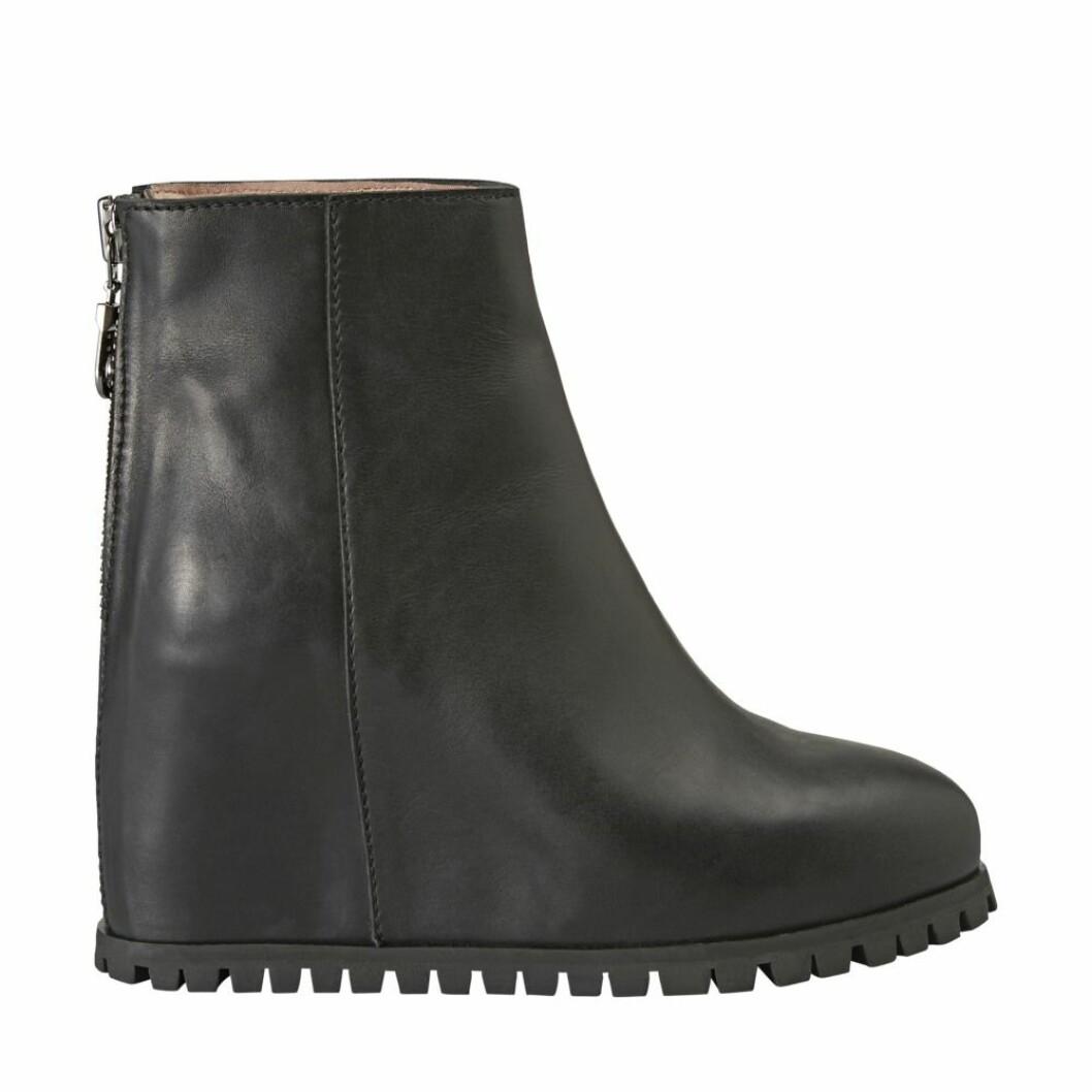 Svart skor med klack från Minimarket.
