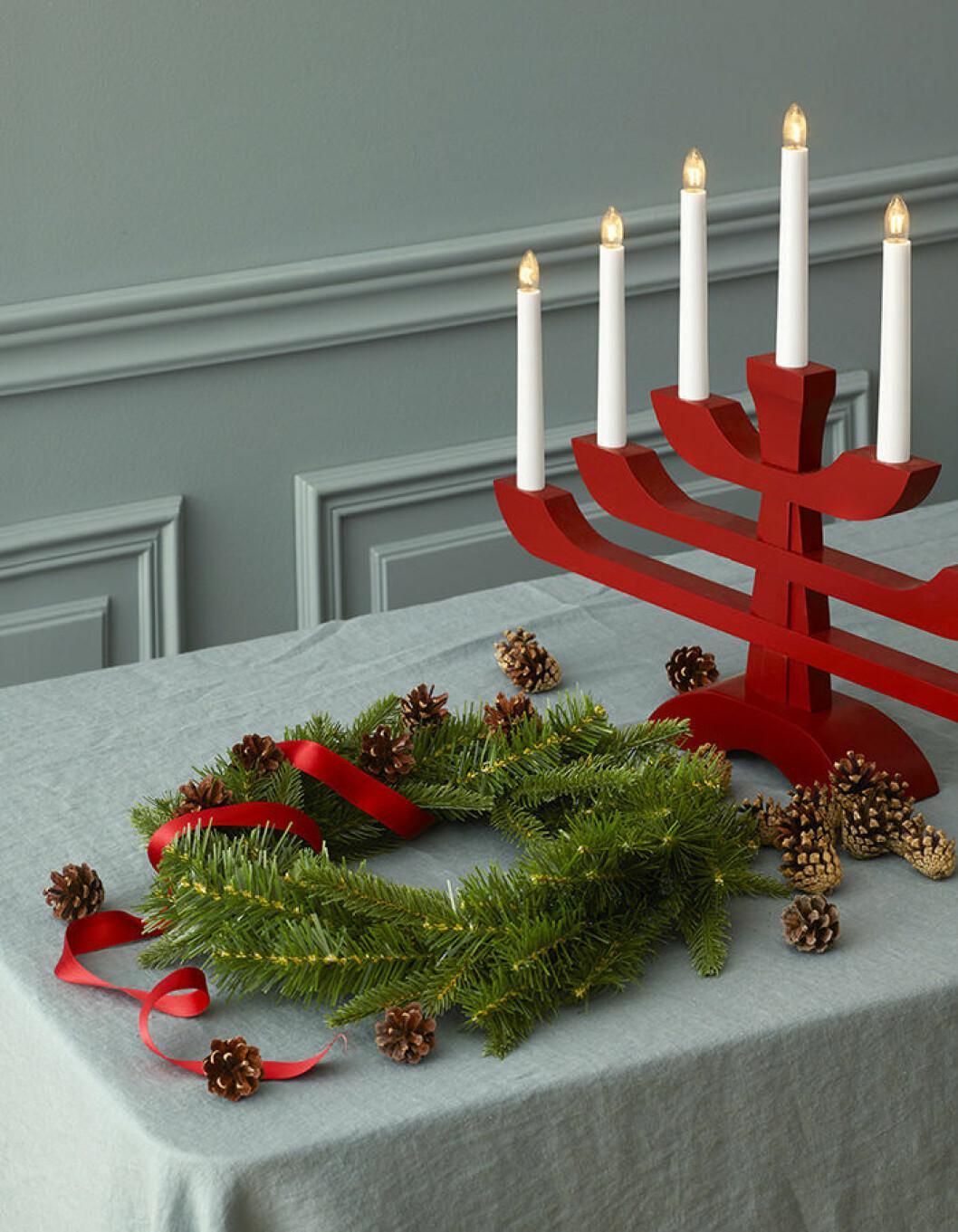 Julkrans och ljusstake från Åhléns