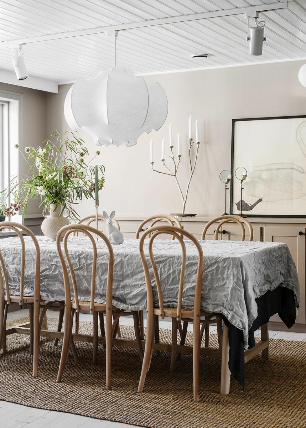 Alcros beige väggfärger Gråtrut och Keramik