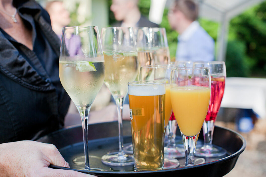 Alkohol innehåller många kalorier.