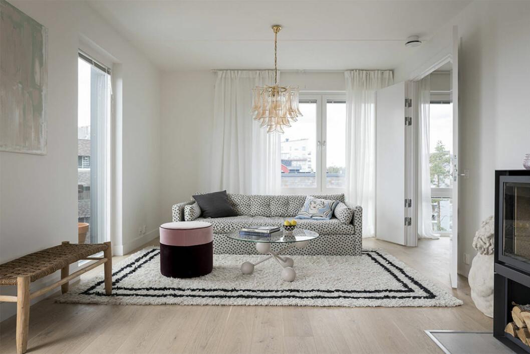 Vardagsrum med soffa från melimeli