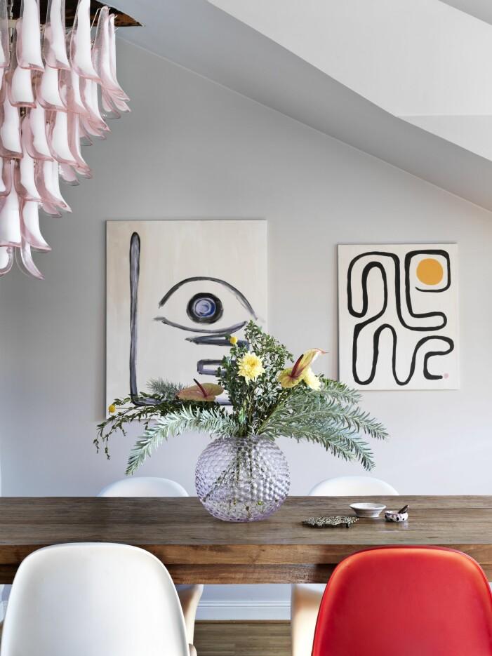 Amelia Widell vindsvåning matbord daggvas muranolampa Melimeli