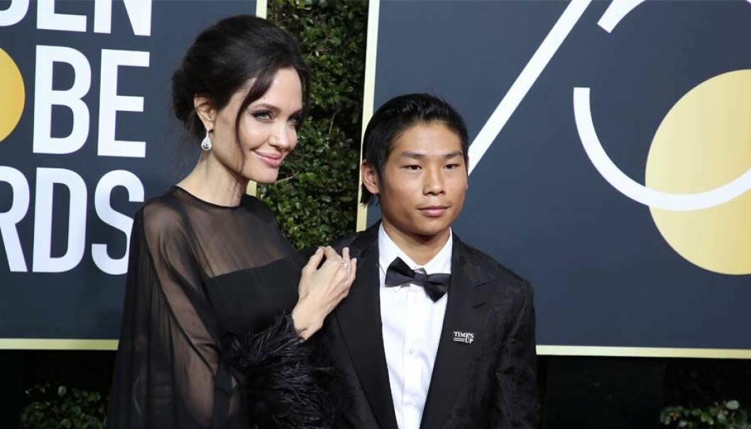 Agelina Jolie tillsammans med sonen Pax Jolie.