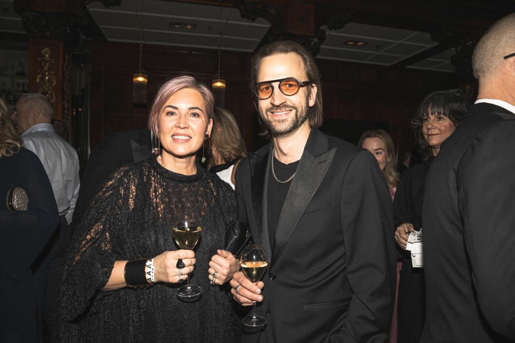 Bella Boldman och Konrad Olsson på annonsmingel före ELLE-galan 2020