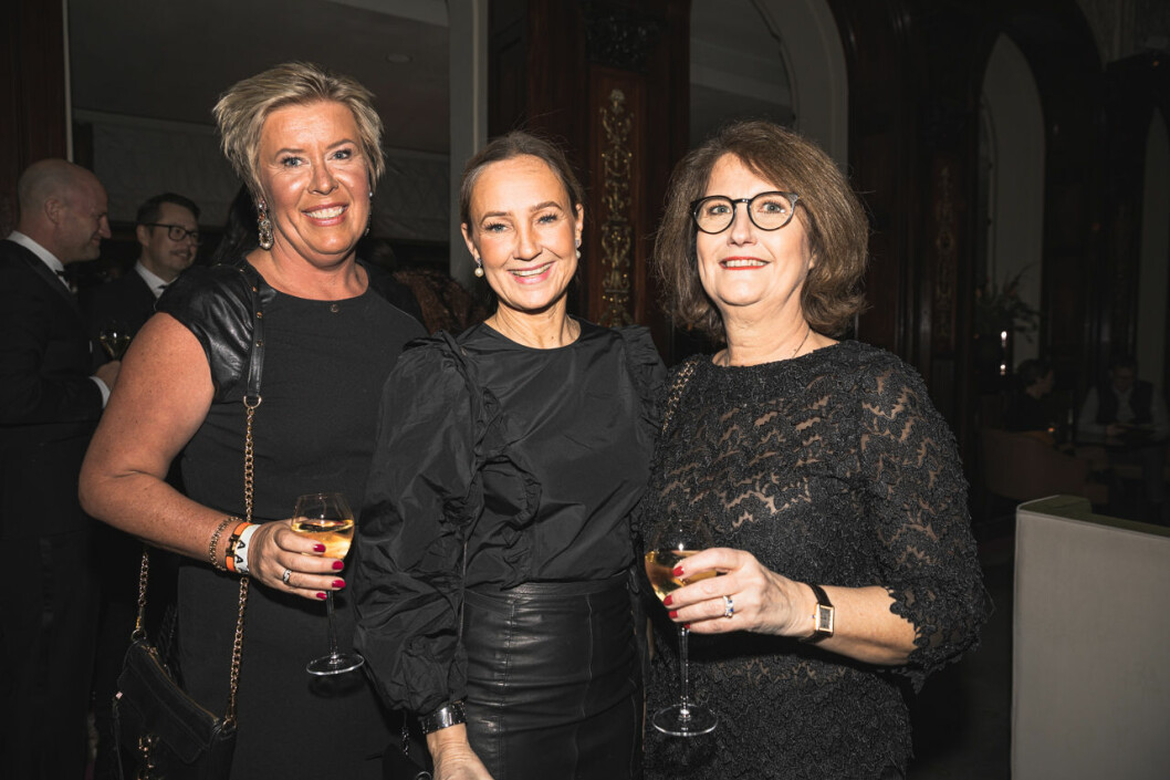 Petra Blomberg, Ylva Sjölund och Caroline Block på annonsmingel före ELLE-galan 2020