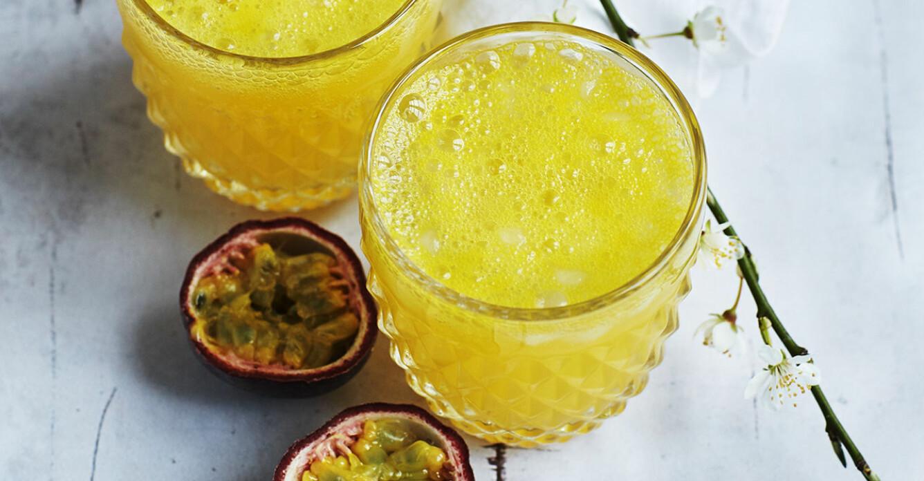 Recept på apelsin- och passionsspritzer