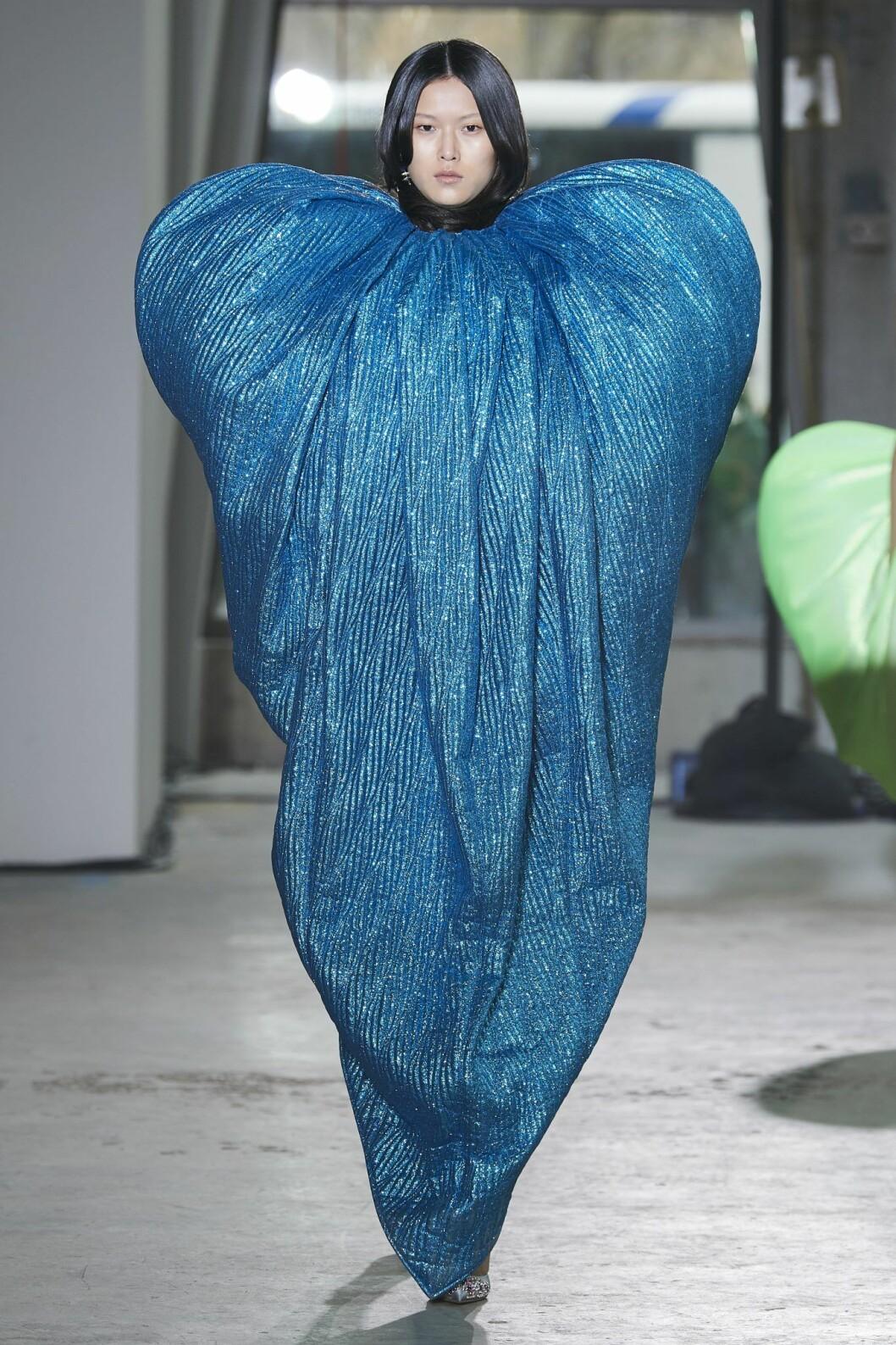 Hjärtformad klänning hösten 2020