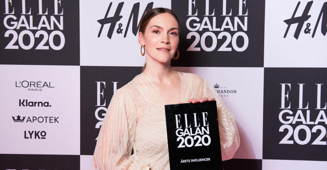 Årets influencer Brita Zackari Wahlström och Parisa Amiri på ELLE-galan 2020