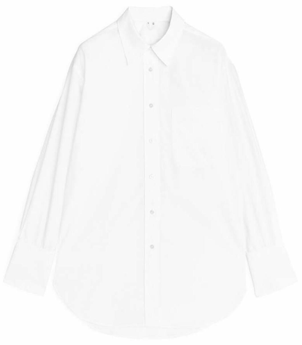 Oversized skjorta från Arket i vitt.