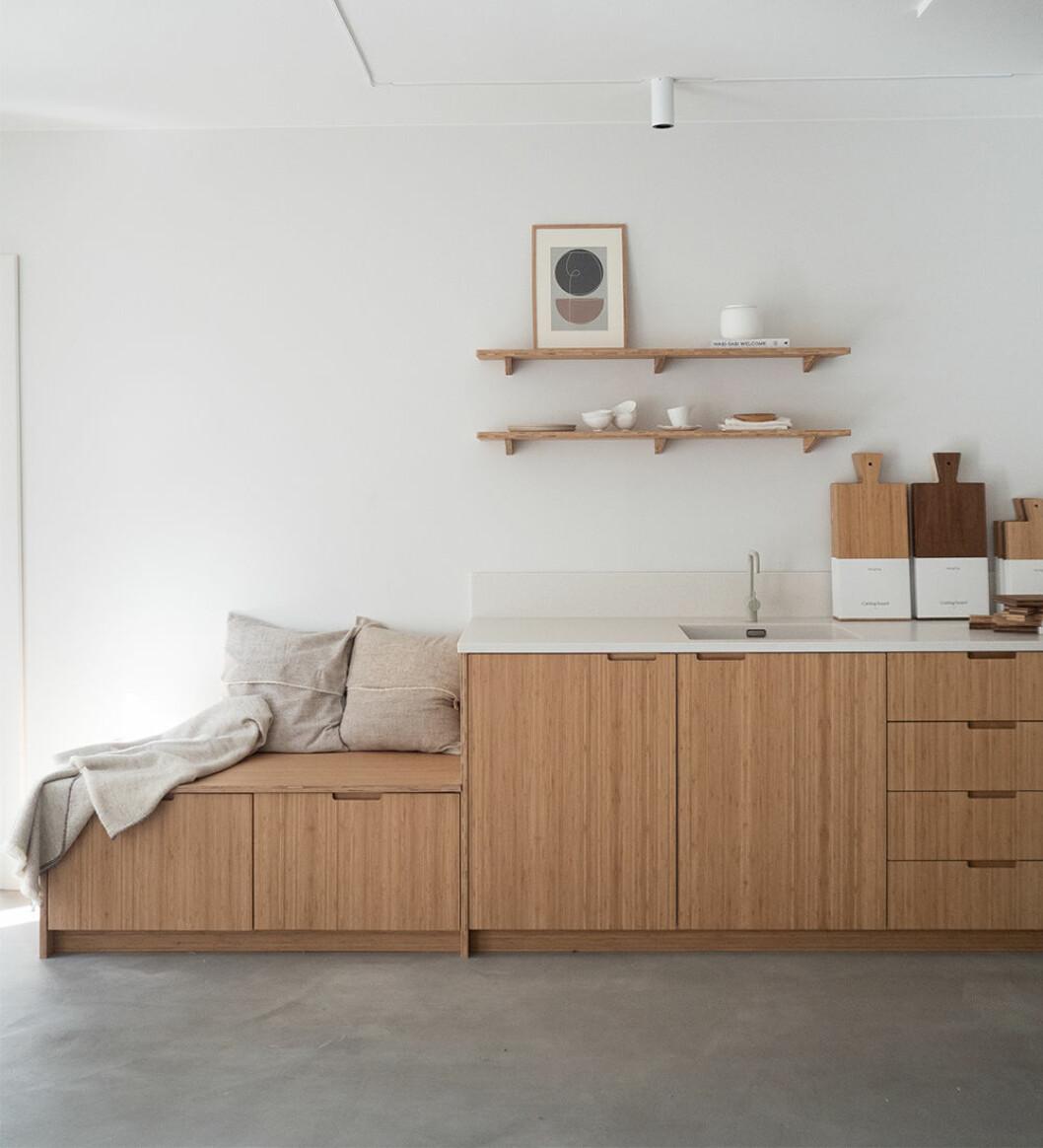 Ikea-kök med hållbara luckor i bambu från Ask og Eng